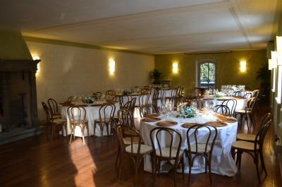Оформление зала для проведения делового обеда