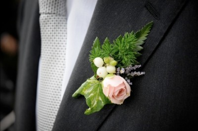 Bottoniera per lo sposo e i testimoni